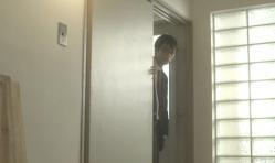 嘉郎が扉を開けると
