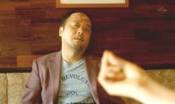パチンとテルさんの封印を解くサリーの指