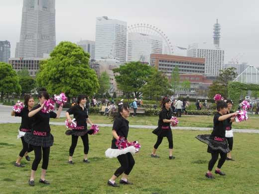 20110503ギャル(古ぃッ!)のダンスパフォーマンス