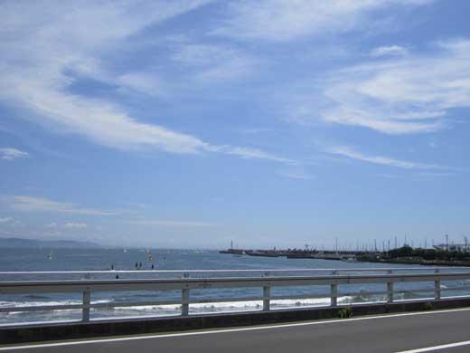 20110806江の島からみた青空と海