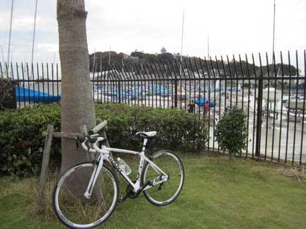 20110925江の島でDEFY