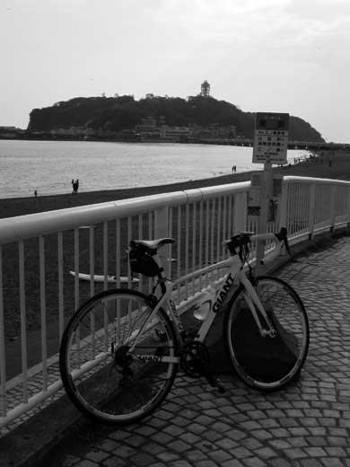 20111008ディファイで江の島