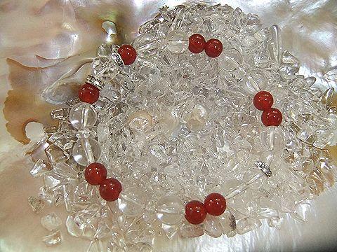 カーネリアンと水晶のブレス