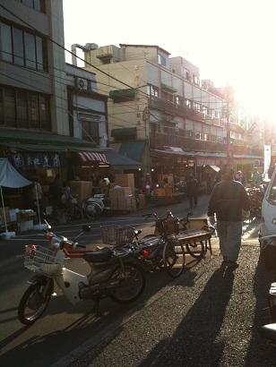 001-tsukiji.jpg
