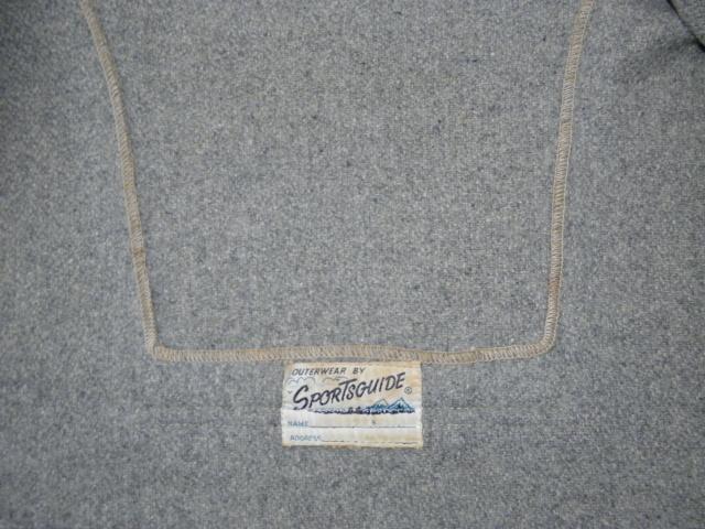 ウールパーカーとキャンバスブーツ 022