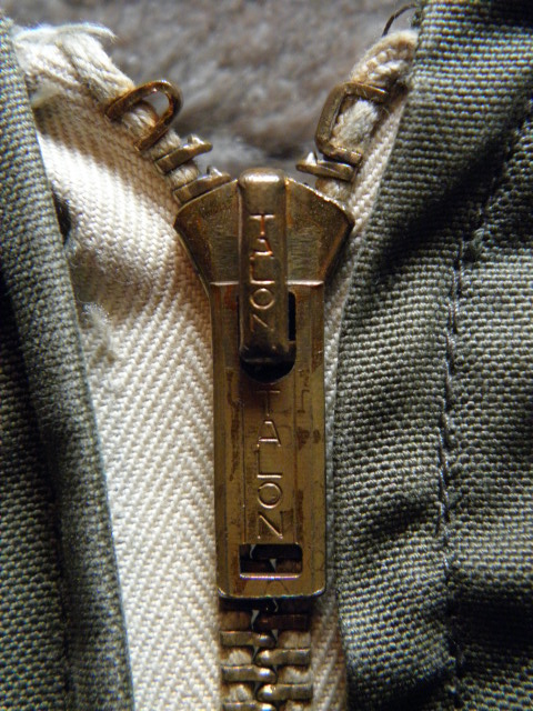 B-11-010.jpg