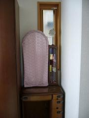2階和室押出窓の前に