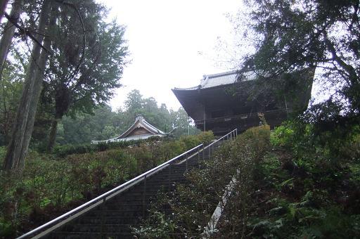 石雲院山門