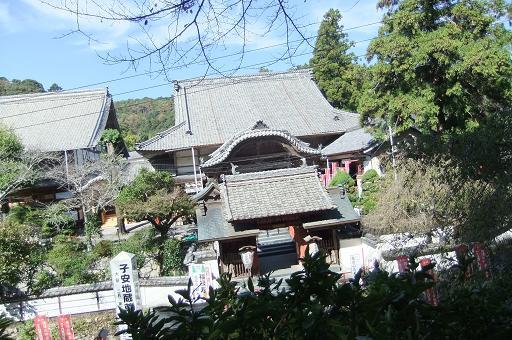 岩水寺全景