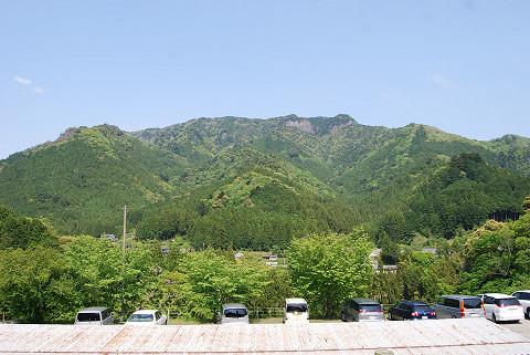 「やまびこの丘」から棚山高原を