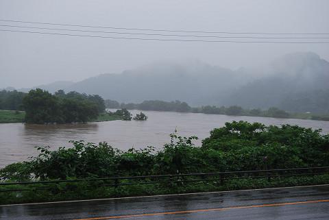 最上川の洪水