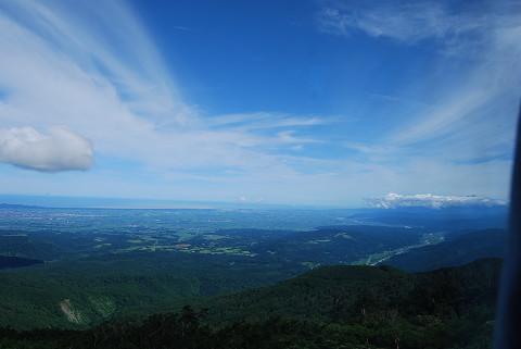 青空と庄内平野