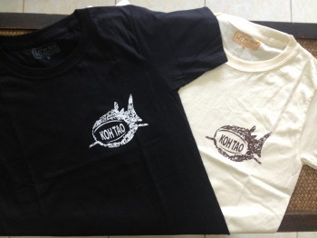 ジンベエザメ柄オリジナルTシャツ