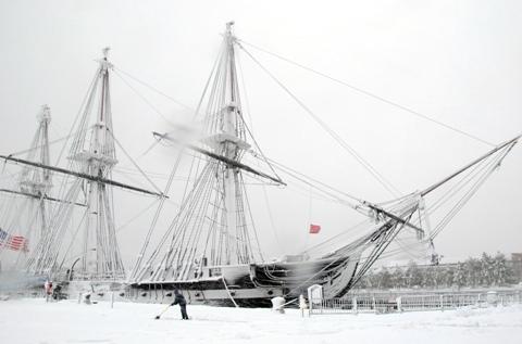 USS Constitution Jan 2011
