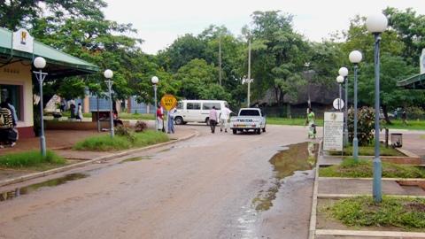 Victoria Falls Town (1)