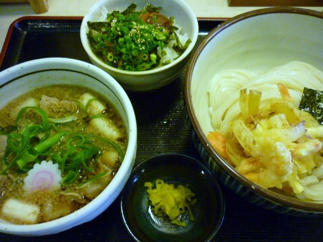 肉つけ麺の定食(ピリ辛イカごはん)