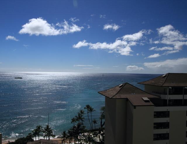 049ホテルの部屋から見えた海