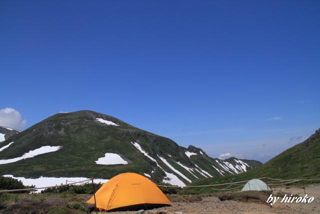 170凌雲岳とテント