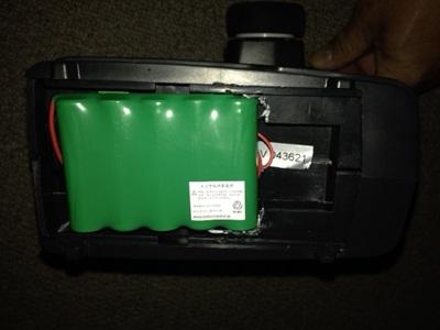 バッテリーの取付