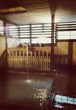 鳴子温泉共同浴場 滝の湯