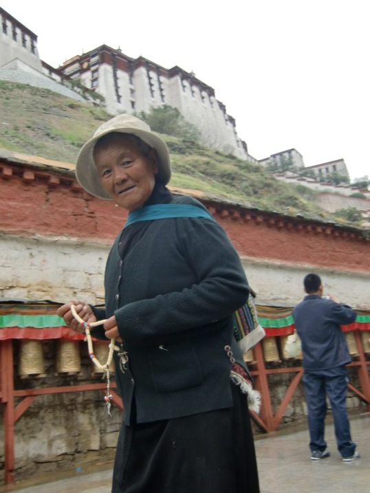 いい笑顔のおばあちゃん