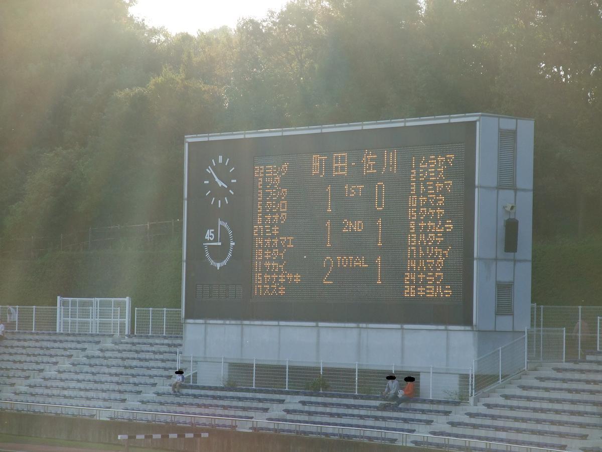 2011_1023sagawa戦後のチーム3