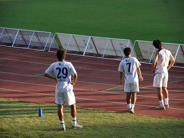 2011_1023sagawa戦後のチーム4-b