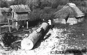 F011アイヌの丸木舟_ph002