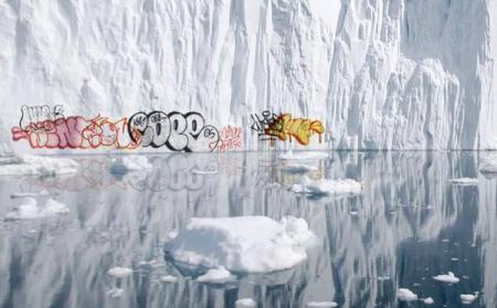Graffiti on Polar icebergs_1