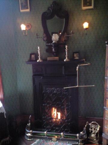 部屋01_暖炉
