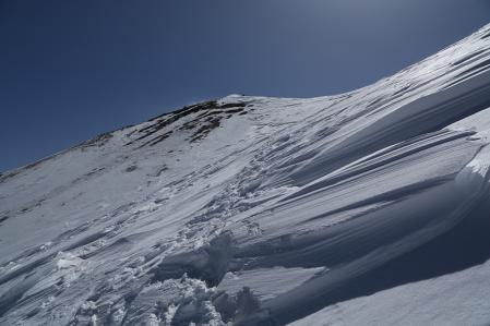 頂上へ向けてトラバース