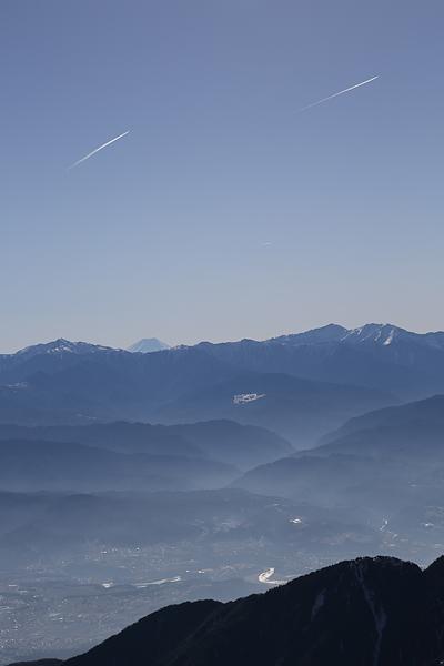 富士と飛行機雲