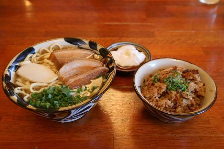 最終日の夕飯(たから屋)