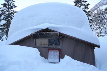 槍平 冬期小屋