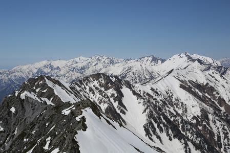 後立山へ続く稜線