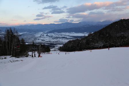 伊那スキーリゾート 滑走開始