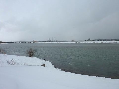 雄物川です