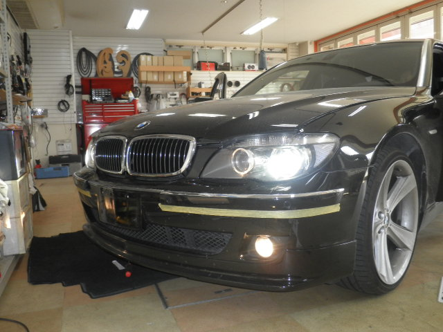 BMW 7シリーズ(E65,E66)のHID化&LED化