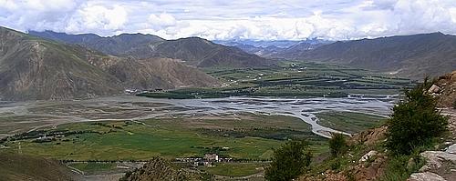 巡礼路からキチュ河の眺望B 330