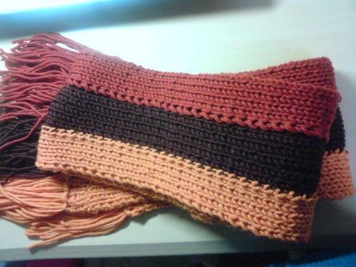 ゴム編みマフラー