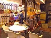 GW楽器屋21