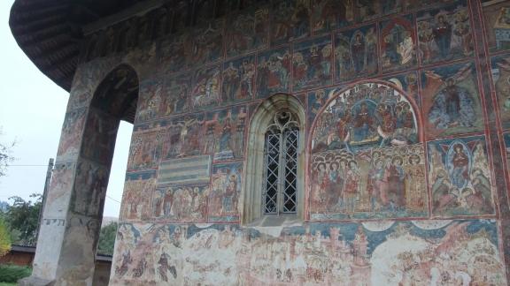 フモール修道院2