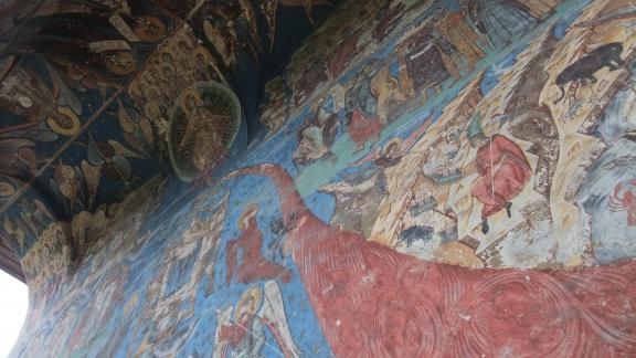 フモール修道院3