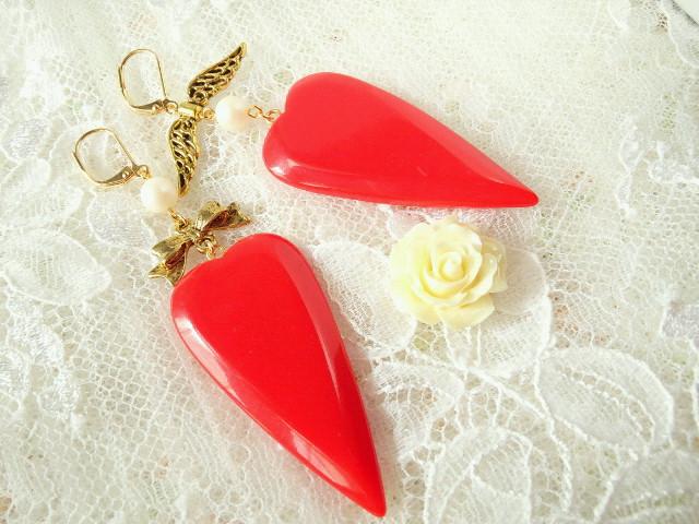 赤ハートの片耳フリンチフックピアス2