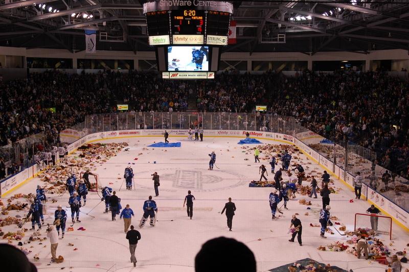 2012-02-16 hockey (2)