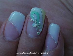 nail12.jpg