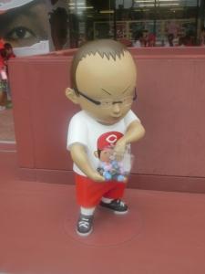 この人形、そっくりです!
