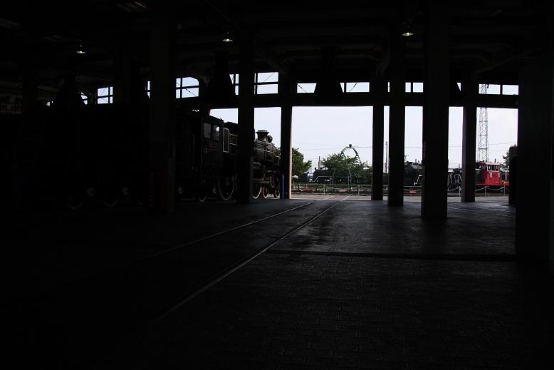 梅小路蒸気機関車館、13