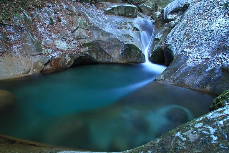 竜鎮の滝、4