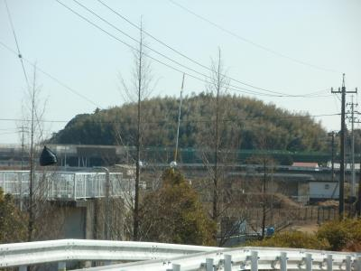香宗川に架かる工事中の高知東部道高架橋